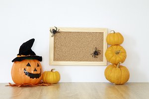 Happy Halloween wood board decoratio
