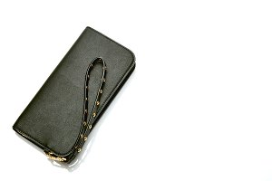 black wallet for woman