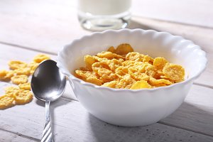 Corn Flakes cereal in a bowl and