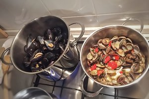 Cooking mussels and clams