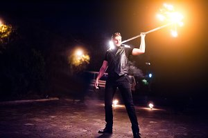 Presentable and awesome fire show at