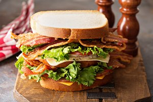 Big BLT, bacon lettuce and tomato sa