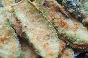 breaded courgettes zucchini vegetabl
