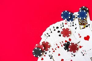 Casino Games: Poker & Cards