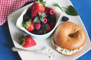 Bagel, Fresh Berries & Herb Cheese