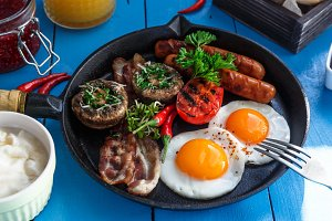 Close view English Breakfast in a