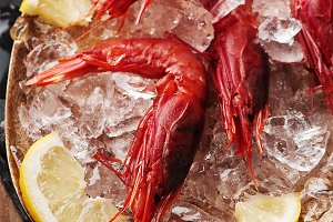 Raw fresh shrimps