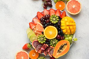 Raw fruits berries platter