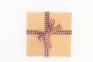 craft gift box with ribbon and bow i