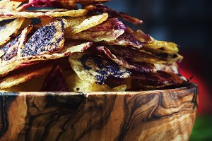 Chips from purple and red potatoes i