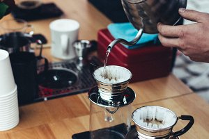Preparing brewed coffee