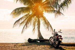 Summer, a motorcycle trip to the sea