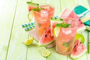 Watermelon lemonade with lime and