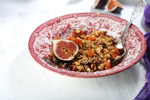 homemade granola with figs