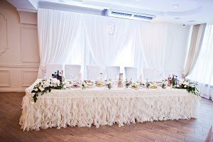 Elegance white wedding table of newl