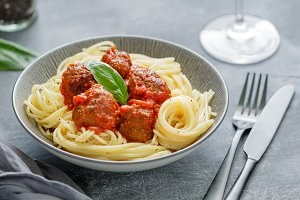 Beef meatballs with pasta