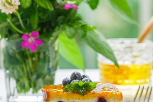 French toast ricotta and blueberries