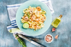 Pasta fettuccine with shrimp