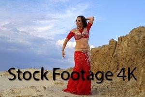 Oriental Beauty dancing belly dance