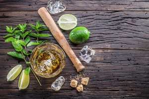 Mojito cocktail ingredients.