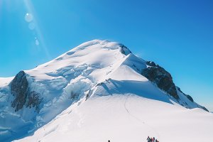 Trekking to the top of Mont Blanc