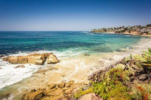 Laguna beach with rock in pacific oc
