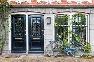 Typical house entrance in Amsterdam