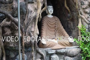 Buda statue in the temple island of