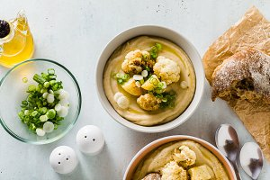 cream soup of cauliflower and potato