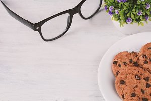 Chocolate chip cookies whit copyspac
