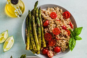 salad from gluten-free sorghum ( gre