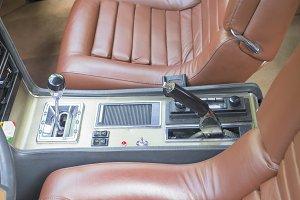 Automobil old or vintage