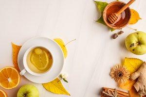 Autumn tea with ginger, lemon