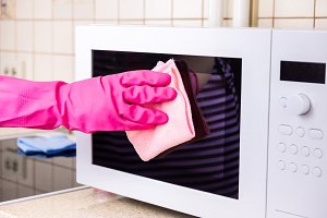 manual microwave cleaning