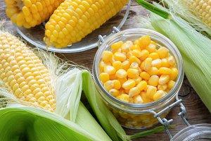 Canned sweet corn, fresh corn cobs.