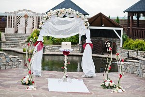 Decor wedding arch at ceremony outdo