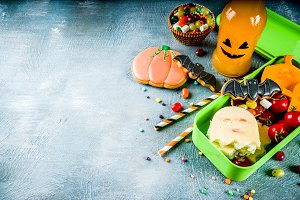 Halloween food, school lunch box