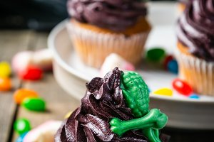 Halloween style sweets - cupcakes