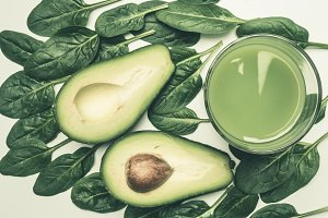 spinach leaves, avocado, smoothies
