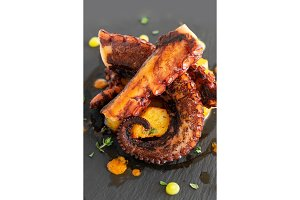 Cooked octopus dish