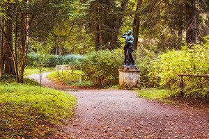 Pavlovsk park. Ancient statue
