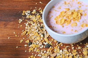 Bowl of fresh yogurt with granola an