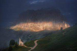 Chapel at mountain pass Gardena