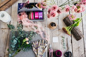 florist tools and flowers