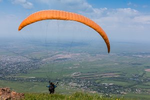 Paraglider is on the paraplane