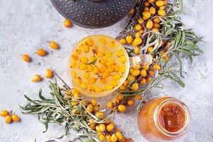 Tea with buckthorn berries