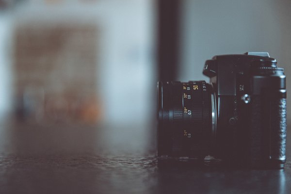 Technology Stock Photos: Markus Spiske | Images - analog single-lens reflex camera