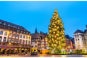 Christmas tree on Place Kleber in