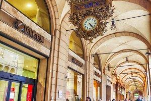 portico and arcades in Bologna