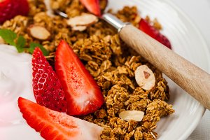 Strawberry Cinnamon Granola Yogurt